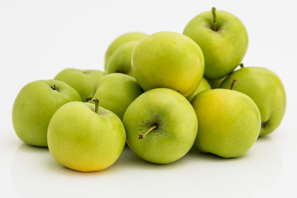 Jablka jsou zdravá a nekalorická