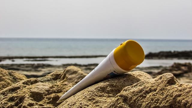 krém v písku